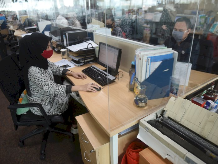 Suku Dinas Nakertrans Jakarta Barat Sidak PSBB di Perkantoran