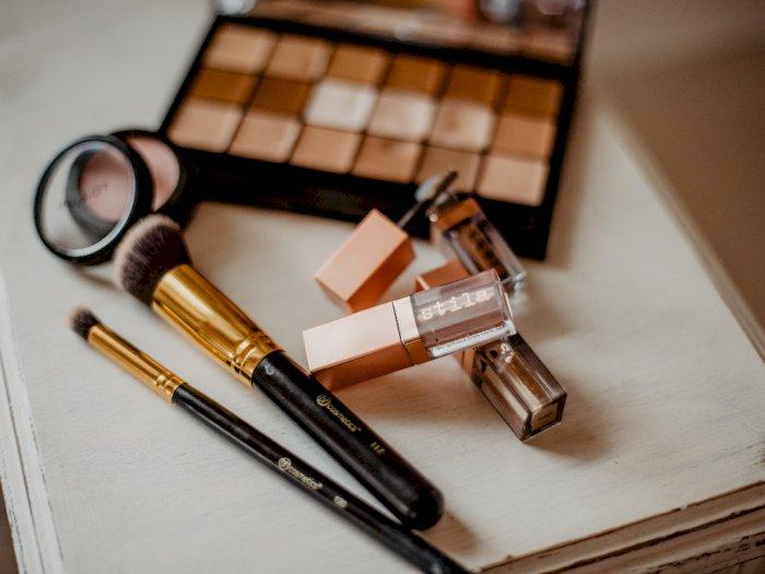 Hati-hati! Bakteri Bahaya Ini Ditemukan di Produk Makeup