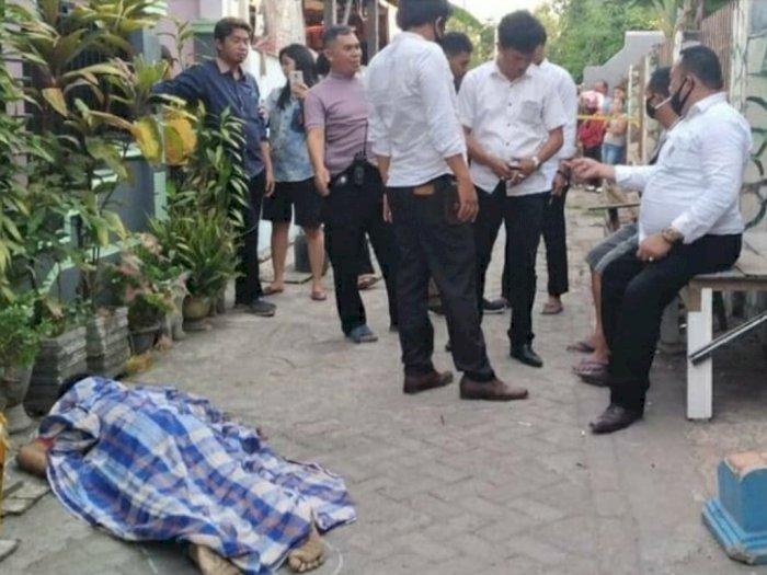 Viral Video CCTV Tukang Galon Tewas Ditusuk Pelanggannya di Makassar, Netizen: Sadis!
