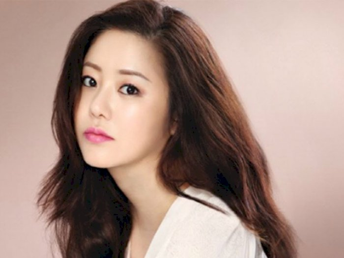 Intip Penampilan Awet Muda Go Hyun Jung yang Berusia Setengah Abad