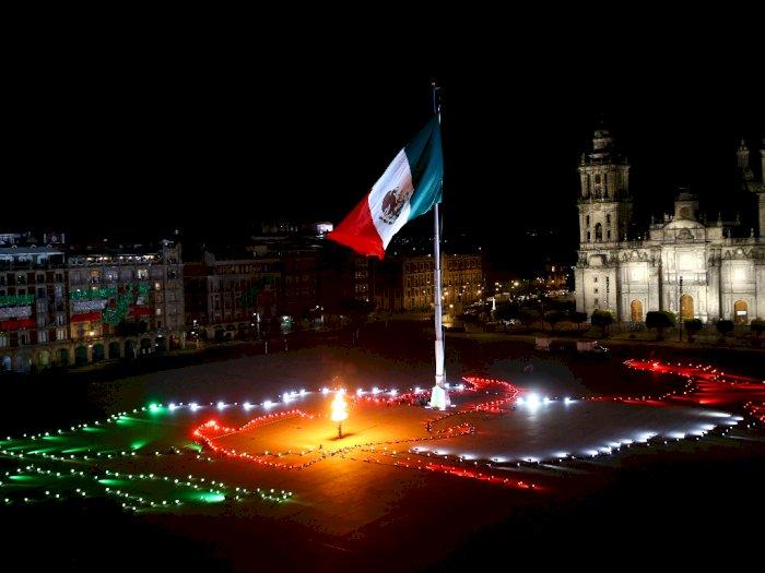 FOTO: Meksiko Memperingati Ulang Tahun Ke-210 Kemerdekaannya