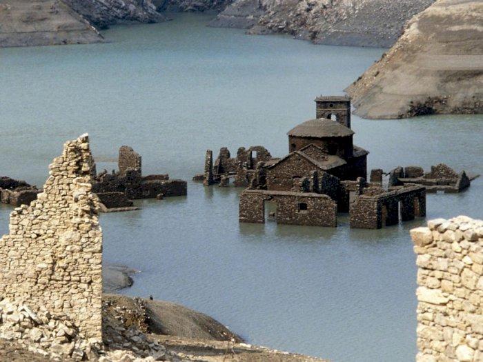'Fabbriche di Careggine', Desa Italia Kuno yang Terendam Air Lebih dari 70 Tahun