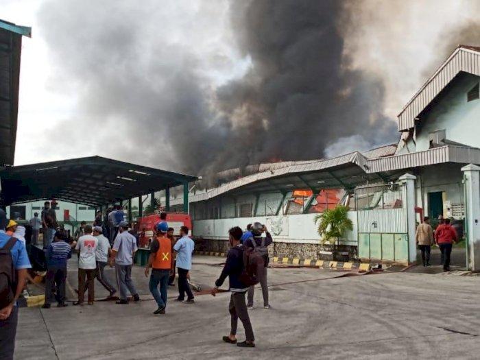 Gudang Makanan di Tanjung Morawa Terbakar, Begini Kronologi Kejadiannya