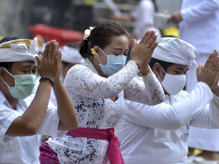 FOTO: Hari Raya Galungan di Pura Jagatnatha, Bali