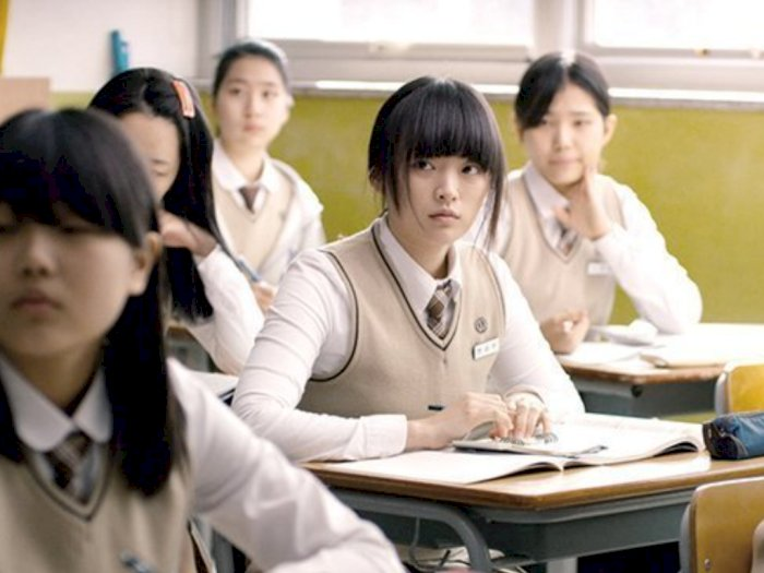 "Sinopsis ""Han Gong-Ju (2013)"" - Melarikan Diri dari Masa Lalu yang Kejam"