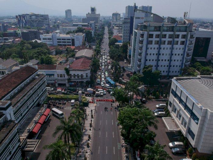 FOTO: Penutupan Jalan Protokol di Bandung