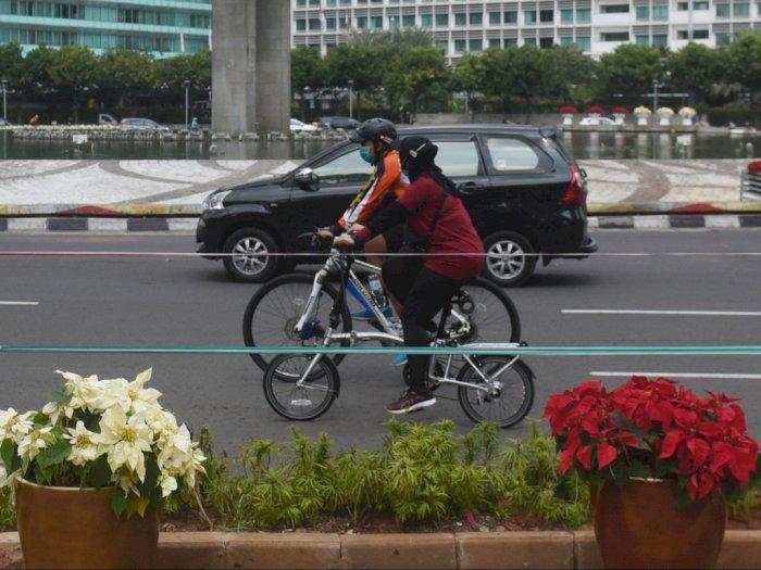 Dear Pesepeda, Kamu Dilarang Berjajar Lebih dari Dua Sepeda Ya!