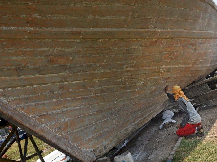 FOTO: Pembuatan Perahu Tradisional di Banten