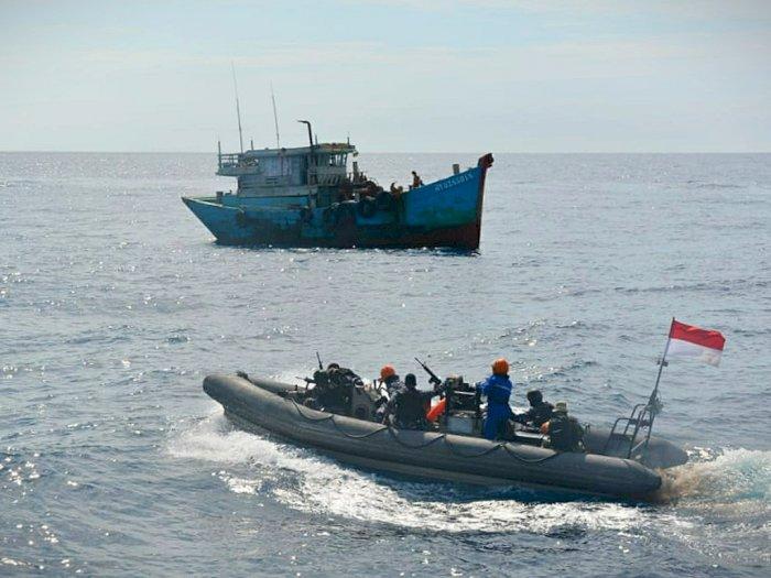 2 Kapal Vietman Tangkap Ikan secara Ilegal di Laut Natuna, 13 ABK Ditangkap