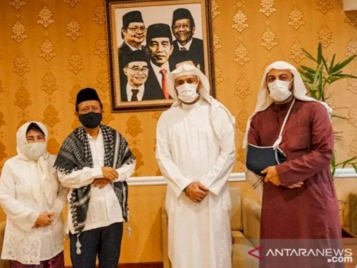 Setelah Ditikam, Syekh Ali Jaber Kunjungi Kediaman Mahfud MD, Ternyata Ini yang Dibahas