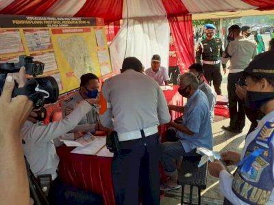 Operasi Yustisi di Gambir, Puluhan Angkot Lebihi Batas Penumpang Ditindak