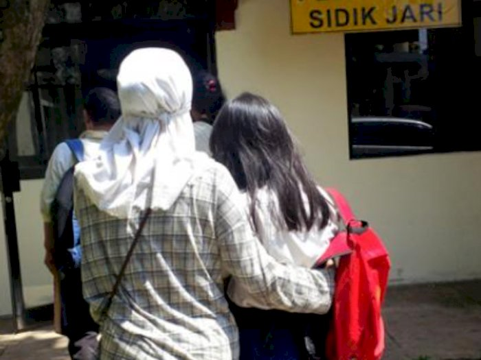 Kisah Memilukan Gadis SMP Diperkosa Polisi Pontianak Akibat Tak Pakai Masker Berkendara