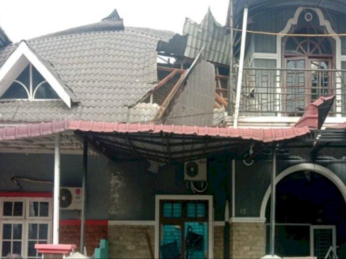 Rumah di Perumahan Villa Mutiara Terbakar, Penghuni Dilarikan ke Rumah Sakit