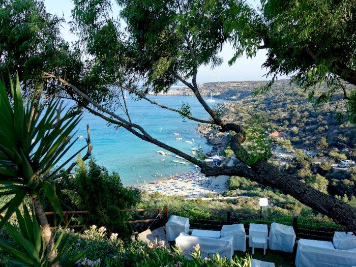 Siprus Klaim Hanya 5 Turis yang Tunjukkan Gejala Corona, Biaya Medis Ditanggung Negara