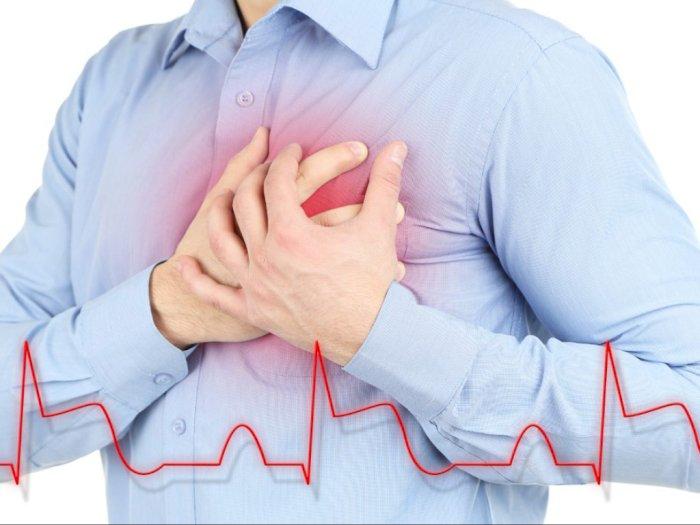 Benarkah Merasa Tersedak Gejala Serangan Jantung yang Perlu Diperhatikan?