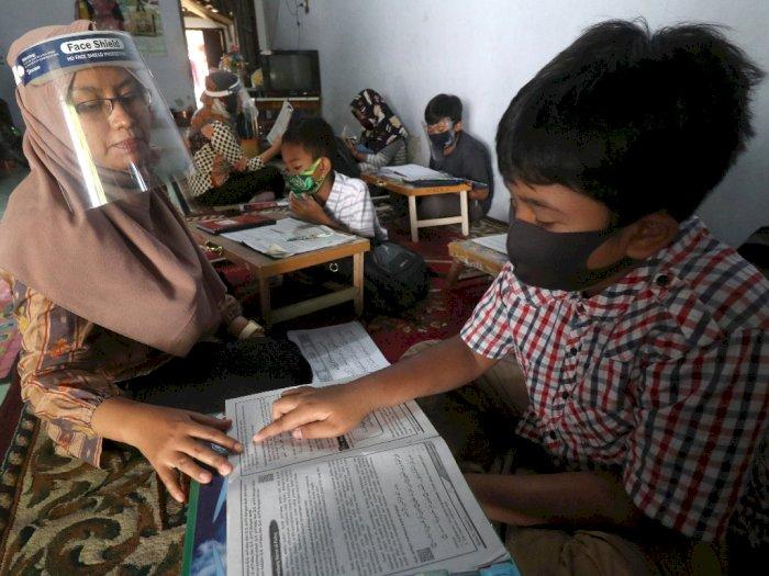 Akademisi: Kecerdasan Sosial Anak Akan Menurun Jika Kurang Berinteraksi & Selalu di Rumah