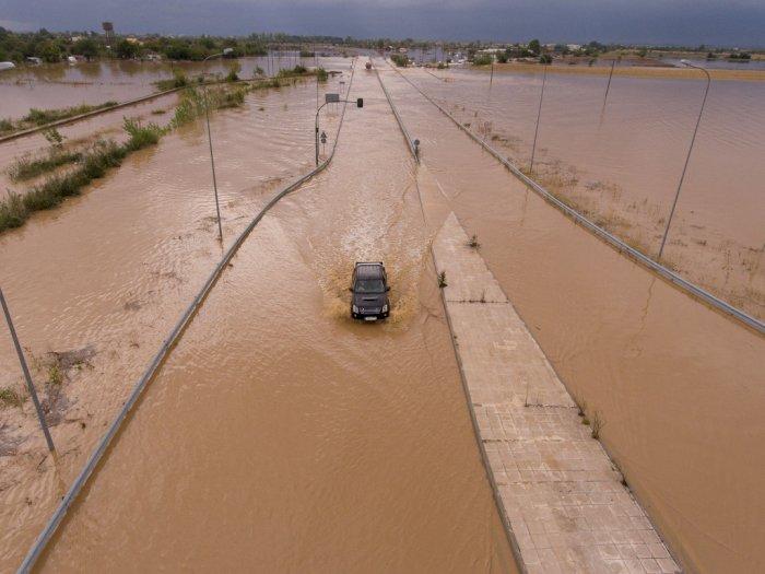 FOTO: Kondisi Yunani Usai Diterjang Badai Mediterania