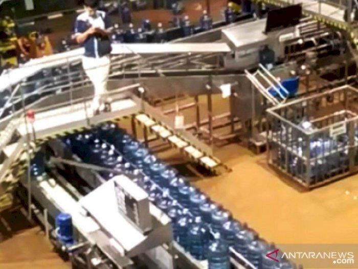 Operasi Pabrik Aqua Dihentikan Sementara Imbas Banjir Sukabumi
