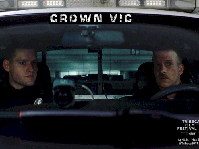 Crown Vic (2019) - Tugas Satu Malam Tak Terlupakan Dua Orang Polisi