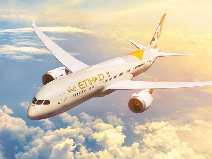 Maskapai Etihad Rilis Gelang Elektronik untuk Pantau Karantina Wisatawan