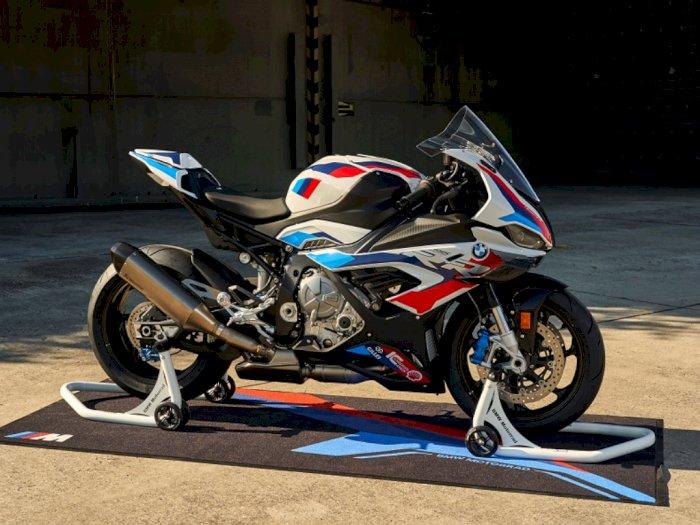 Motor Buas BMW M 1000 RR Resmi Mulai Debutnya di Dunia