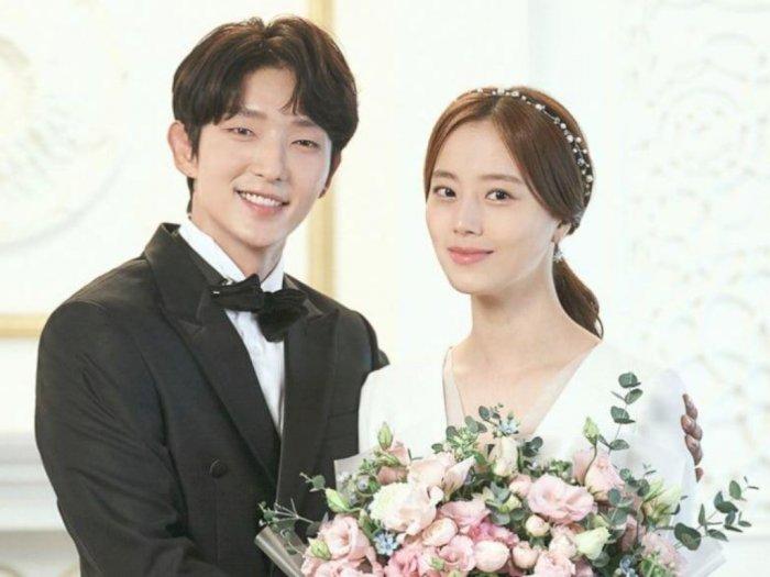 """Episode Terakhir """"Flower Of Evil"""" Tampilkan Foto Pernikahan Lee Joon Gi dan Moon Chae Won"""