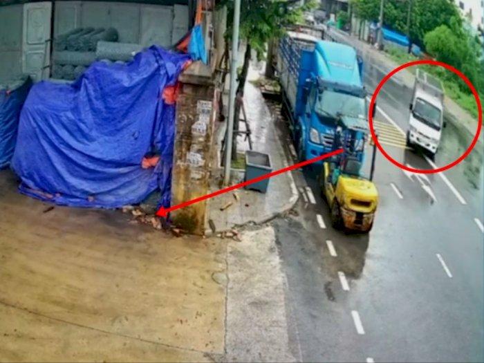 Aksi Sopir 'Ngedrift' saat Parkir ini Bikin Netizen Kagum: S3 Perparkiran