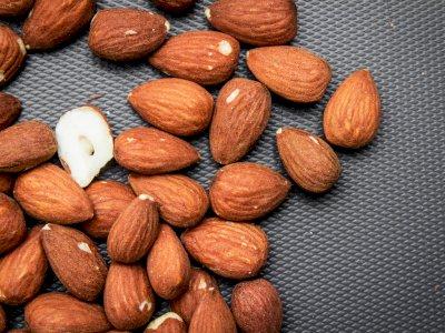 Mana yang Lebih Bergizi, Kacang Panggang atau Kacang Mentah?