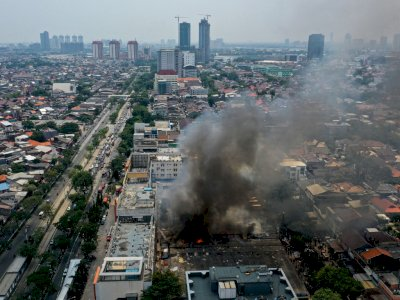FOTO: Kebakaran Pasar Cempaka Putih