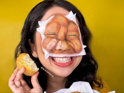Keren! Makeup Artist Ini Merias Wajahnya Jadi Mirip Odading
