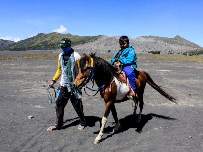 Kemenparekraf Siapkan Protokol Kesehatan Pendakian Gunung Hingga Paralayang