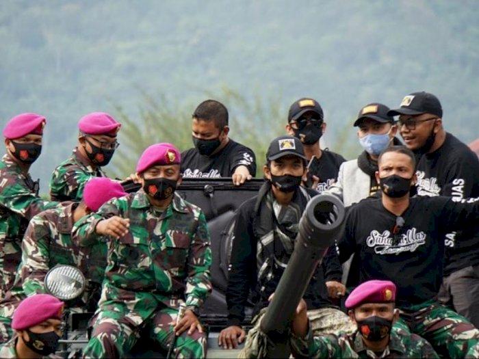 Beredar Foto Ceramah Ustadz Abdul Somad Dikawal TNI di Atas Mimbar