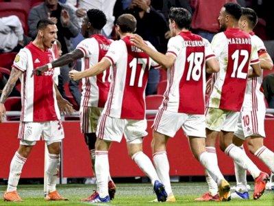 Meski dengan 10 Pemain, Ajax Berhasil Tundukkan VItesse Arnhem