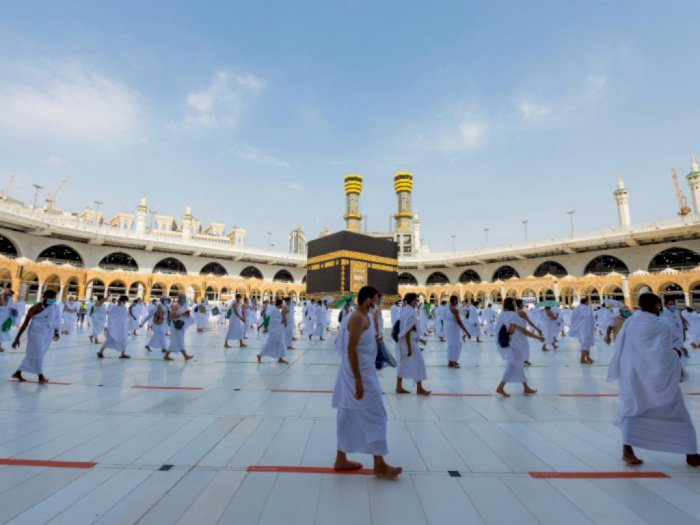 Saudi Buka Umrah Secara Bertahap Mulai 4 Oktober, Usia Jamaah Minimal 18 Tahun