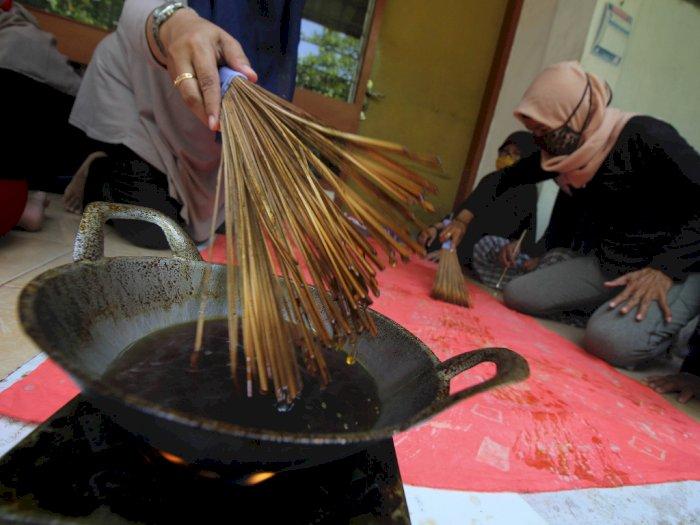 FOTO: UMKM Batik Sapu Lidi