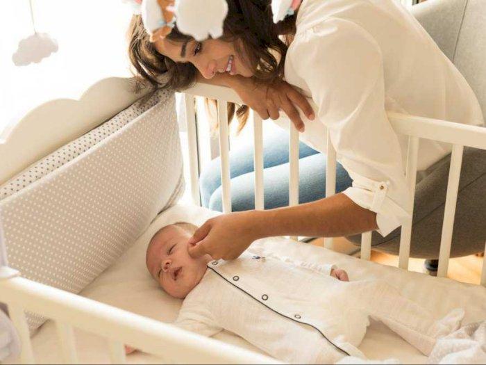 Ini Manfaat Bayi Tidur di Kamar Sendiri Tanpa Orang Tuanya
