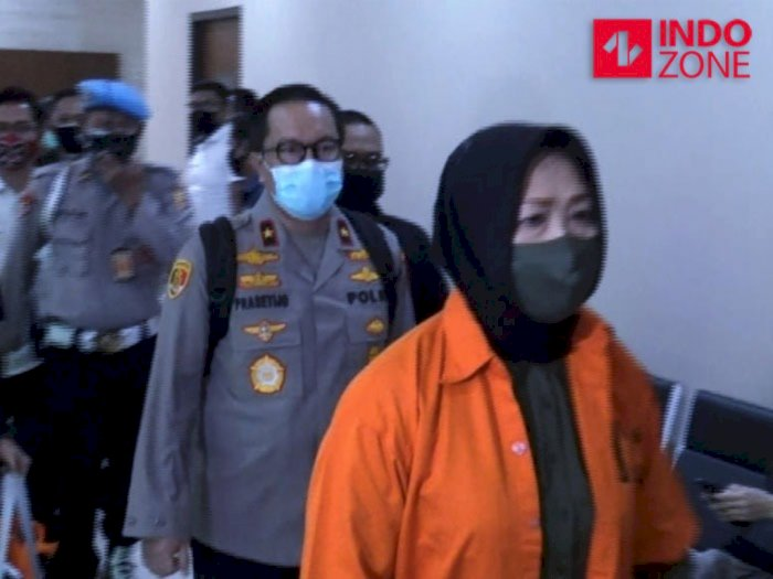 Tersangka Djoko Tjandra Dilimpahkan ke Jaksa, Brigjen Pras Kok Pakai Seragam Polri?