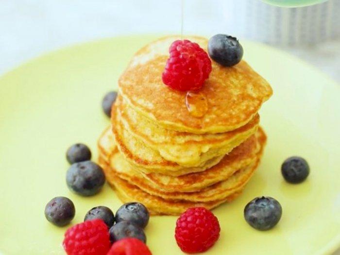 Hanya 4 Bahan, Cobain Resep Pancake Gandum Pisang untuk Sarapan Pagi Kamu