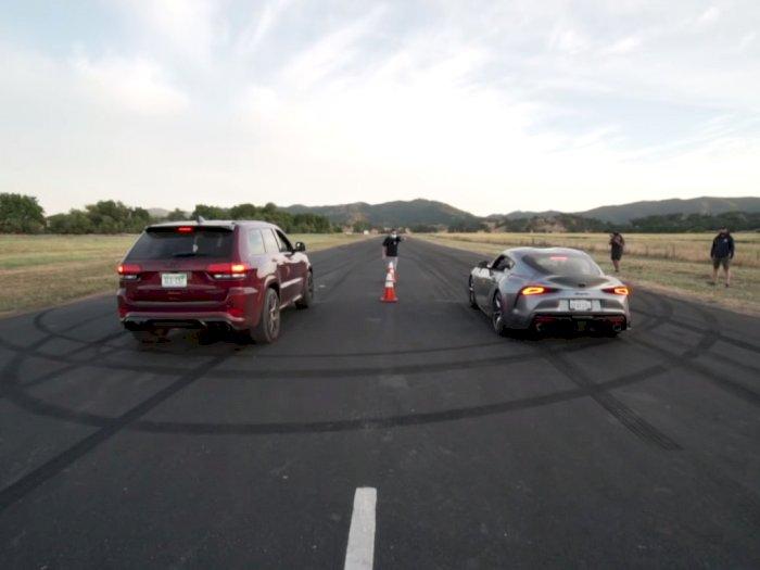 Melihat Drag Race Antara Mobil Jeep Trackhawk dengan Toyota Supra 2020