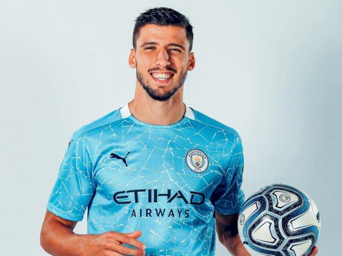 Ruben Dias Resmi Berkostum Manchester City