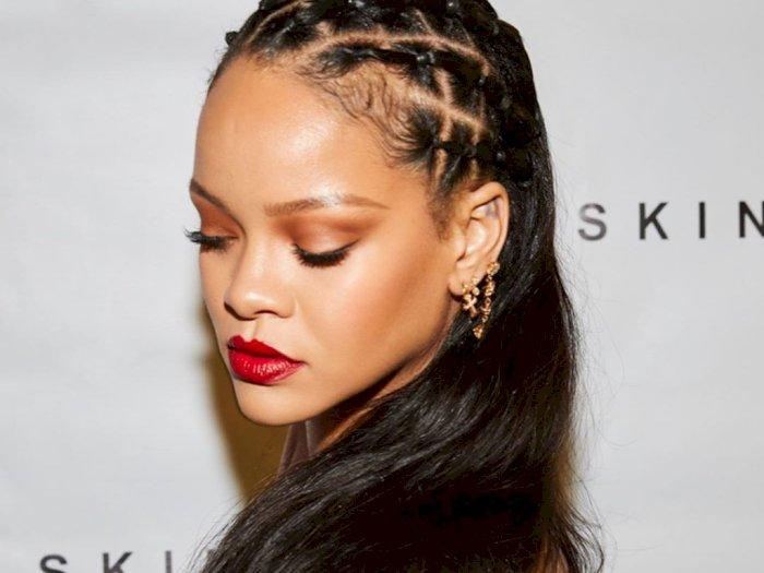 Musim Dingin Pakai Tabir Surya, Rihanna Dikomentari Netizen