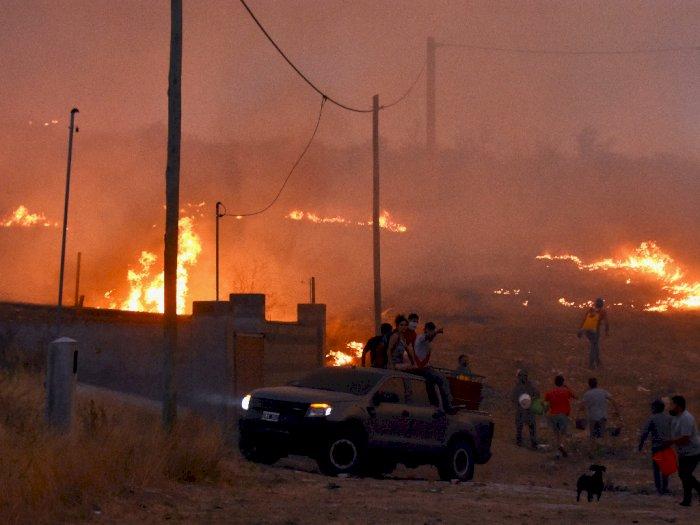 FOTO: Kebakaran Hutan di Provinsi Cordoba Argentina
