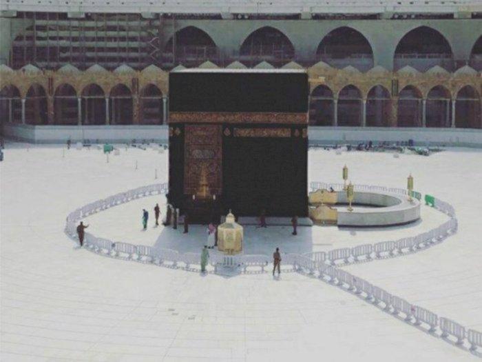 7 Bulan Lockdown, Makkah Akhirnya Dibuka Kembali