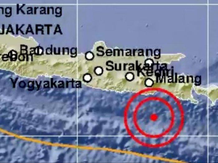 BREAKINGNEWS Lumajang Diguncang Gempa Berkekuatan M 5.0, Berpotensi Tsunami?