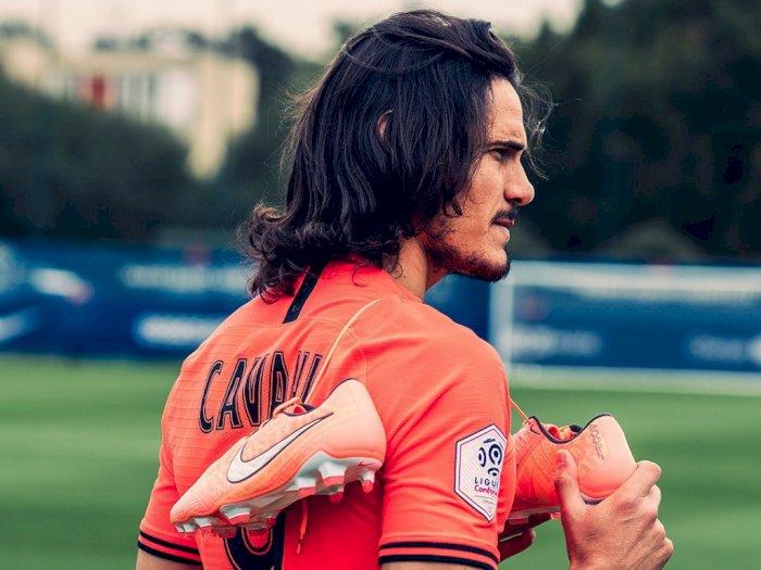 Resmi: Selamat Datang di Manchester United, Edinson Cavani!