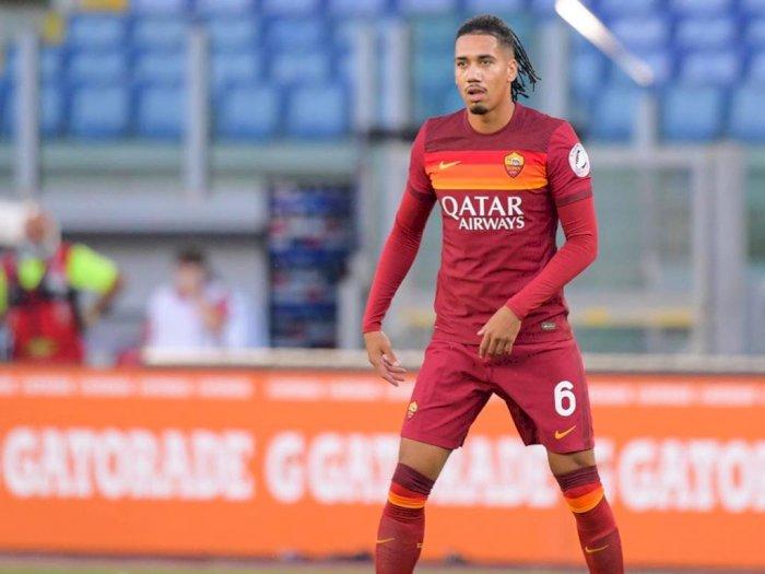 Akhirnya Roma Berhasil Permanenkan Chris Smalling