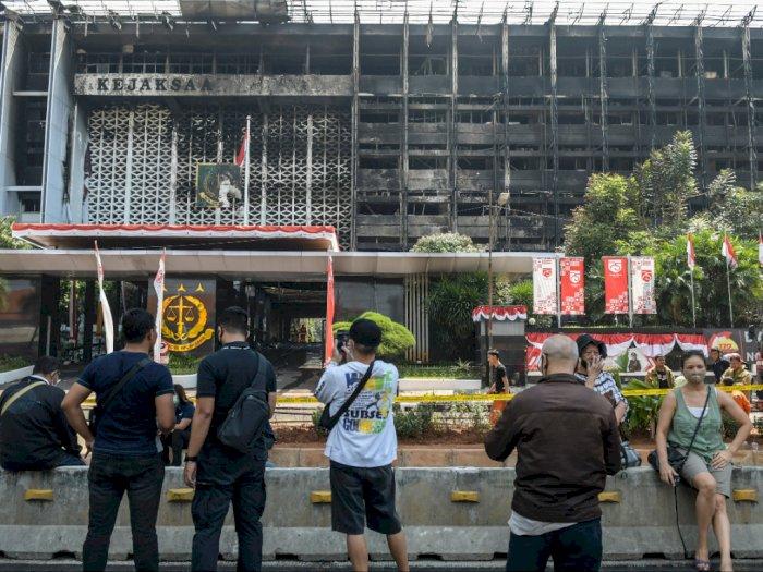Penyidikan Kebakaran Kejagung, Polri Periksa Kamera di Mesin Absensi