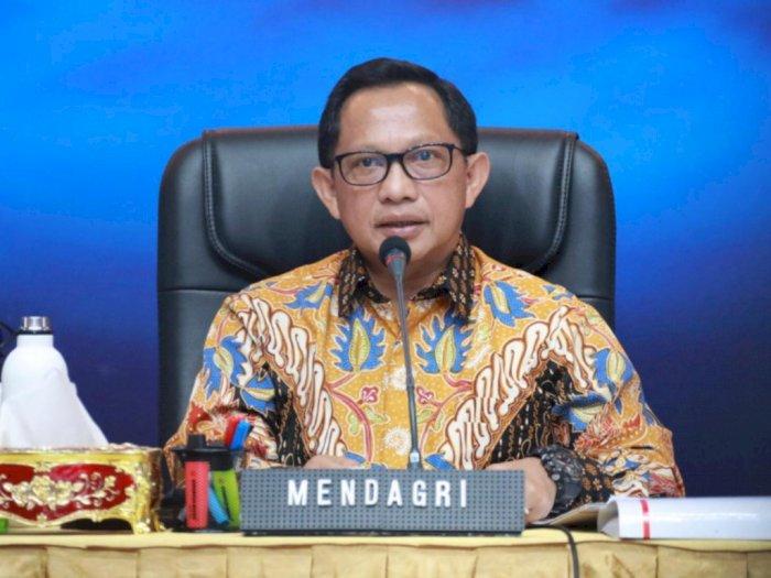 Mendagri Tito Sarankan Masyarakat Kurangi Minum Es Agar Cegah Terpapar COVID-19