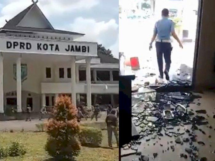 Mencekam! Video Diduga Anak STM Turun Tangan Ikut Demo, Gedung DPRD Hancur Dilempari