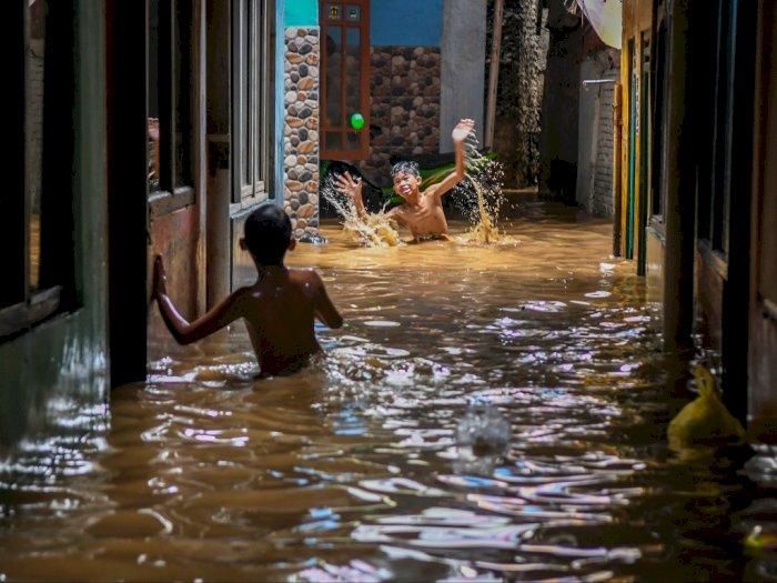 Jakarta Masuki Status Waspada Banjir